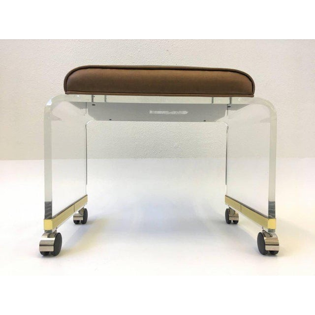 Hill Manufacturing Co. Acrylic Waterfall Vanity Stool on Casters by Hill Manufacturing Corp For Sale - Image 4 of 8