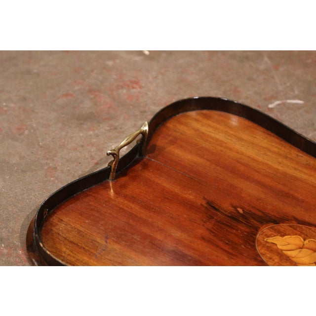 Early 20th Century English and Brass Mahogany Tray Table With Inlaid Shell Decor For Sale - Image 4 of 7
