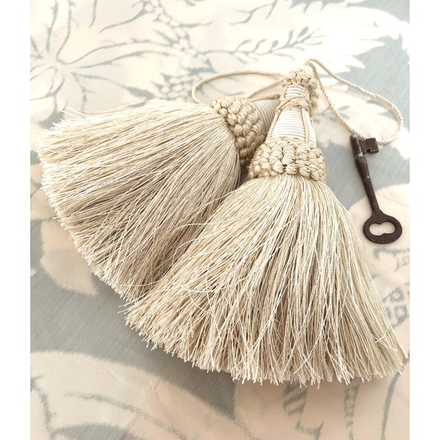 2010s Pair of Key Tassels in Cream With Looped Ruche Trim For Sale - Image 5 of 10