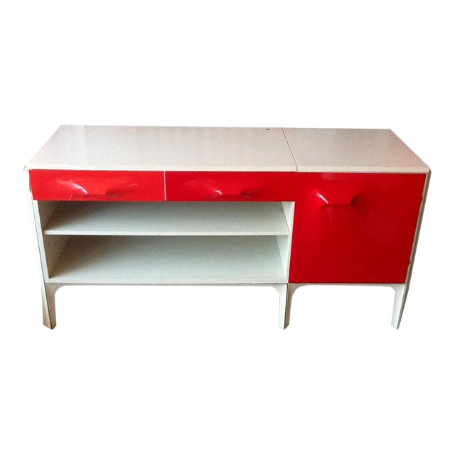 Vintage Raymond Loewy Df2000 Desk For Sale