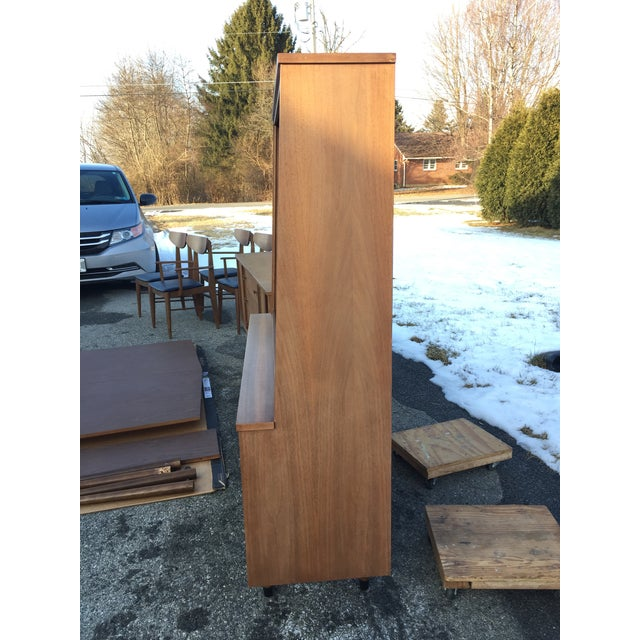 1960s 1960s Scandinavian Modern Stanley Walnut China Hutch With Glass Doors For Sale - Image 5 of 9