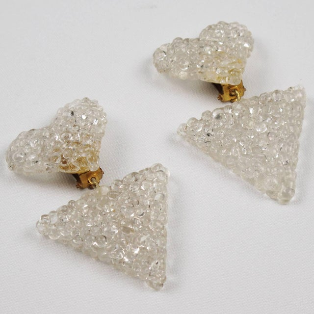 1960s Romantic Dangling Clear Lucite Clip on Earrings With Heart For Sale - Image 5 of 9