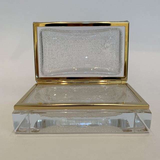This exquisite crystal box is in gorgeous condition and was handcrafted in Italy by famed artist Alessandro Mandruzzato....