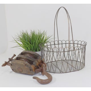 Rustic Country Farmhouse Wire Basket Preview