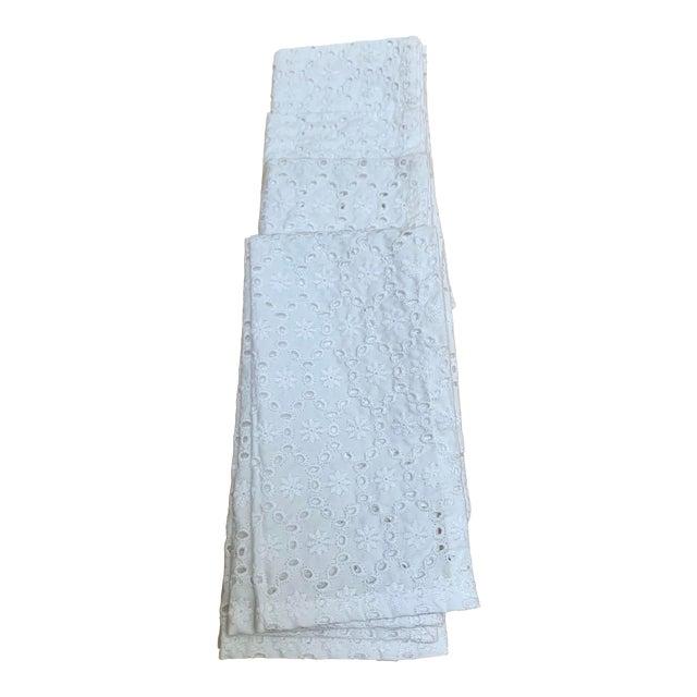 Set of Four White Cotton Eyelet Napkins For Sale
