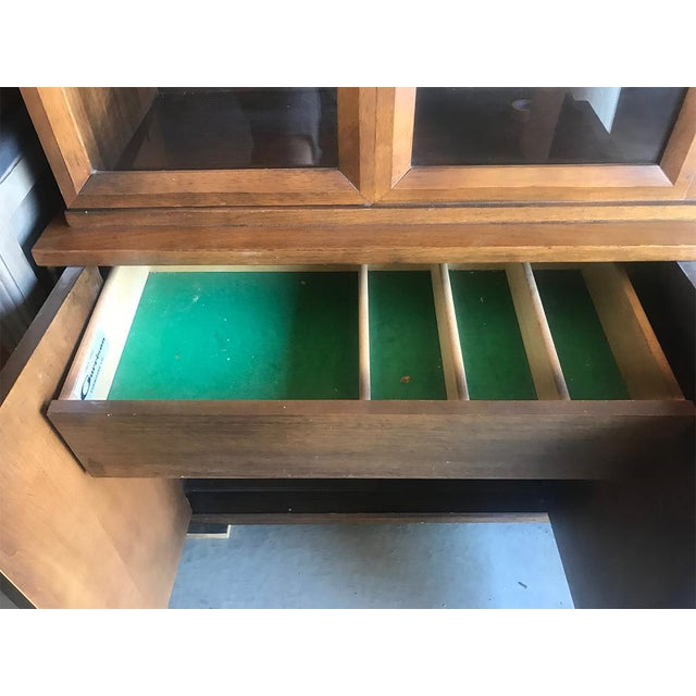 Mid Century Modern Hutch / China Cabinet For Sale - Image 9 of 13