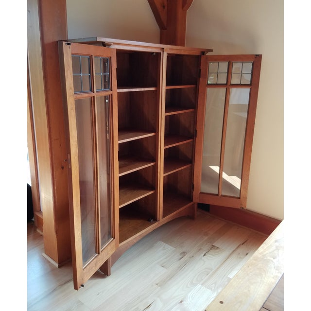 Stickley Cherry Leaded Glass Double Door Bookcase For Sale In Seattle - Image 6 of 13