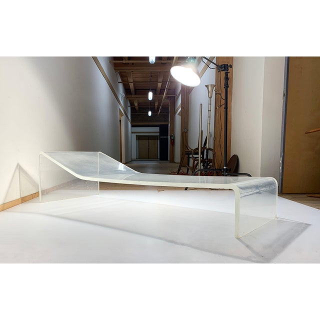 Mid-Century Modern Vintage Lucite Chaise Lounge Chair Attributed to Gary Gutterman For Sale - Image 3 of 6
