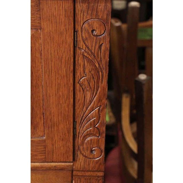 Carved Embellishment Oak Dresser - Image 7 of 10