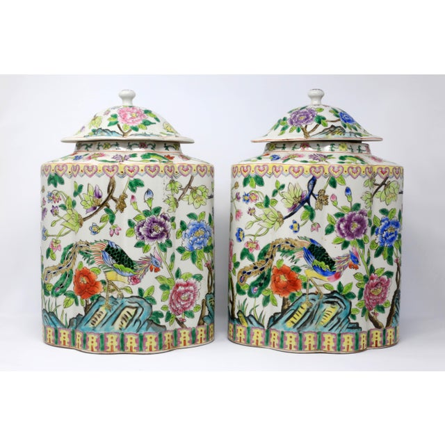 Asian Vintage Hand-Painted Scalloped Ginger Jars With Peacocks and Flowers - a Pair For Sale - Image 3 of 11