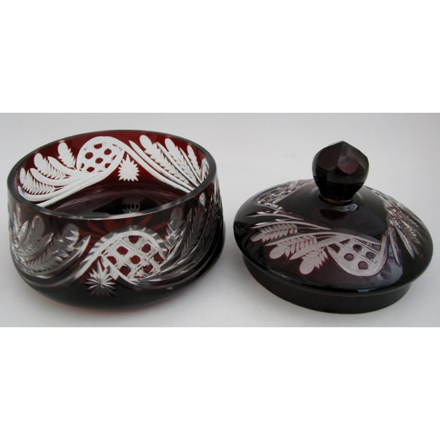 Early 20th Century Bohemian Glass Bonbonniere For Sale - Image 5 of 6