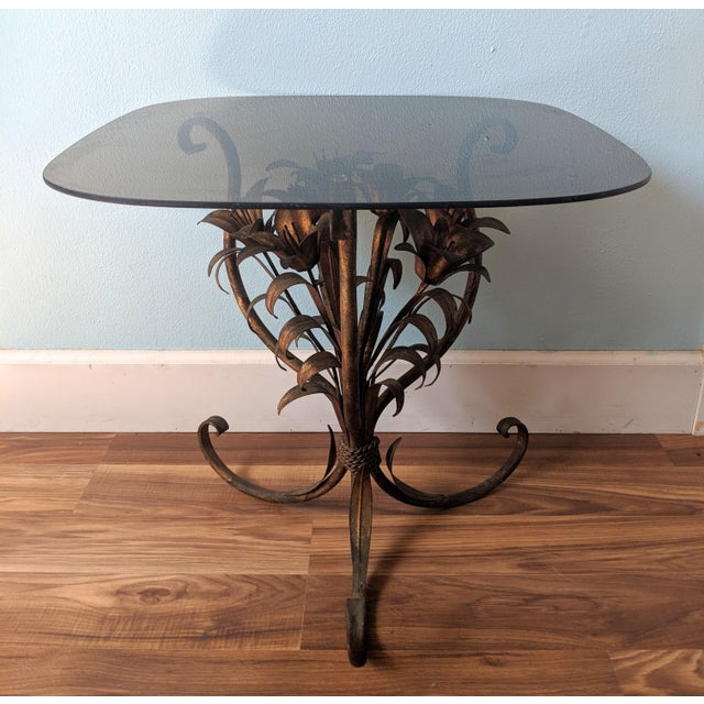 Figurative 20th Century Hollywood Regency Gilt Tole Lily Flower Side Table For Sale - Image 3 of 11