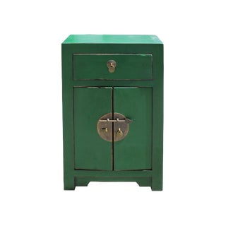 Chinese Oriental Distressed Green Lacquer Side End Table Nightstand