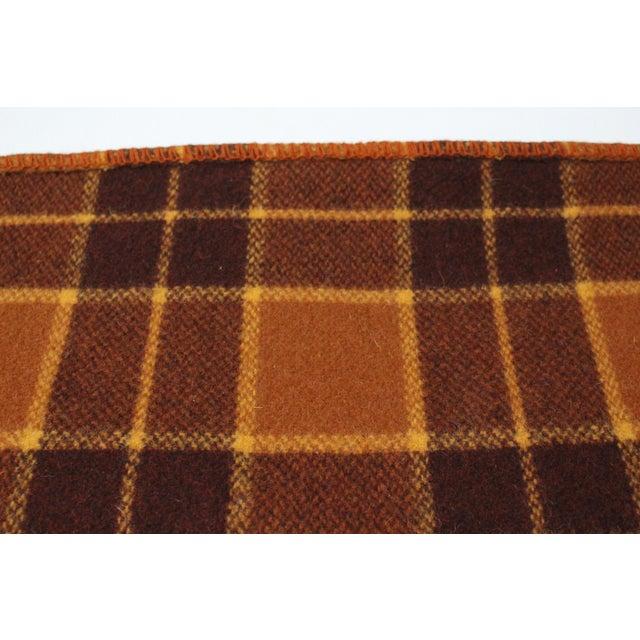 1960s Vintage Royal Robinwul Plaid New Zealand Wool Throw Blanket For Sale - Image 4 of 7