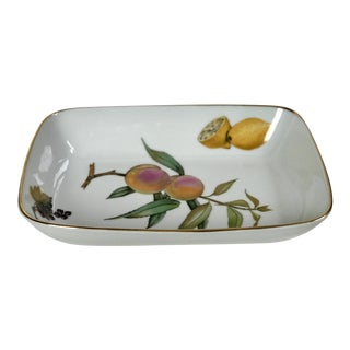 Vintage Royal Worcester English Porcelain Fruit Bowl For Sale