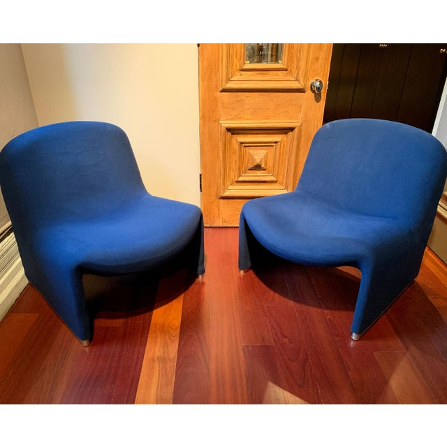 Anonima Castelli 1970s Vintage Giancarlo Piretti Alky Chairs- A Pair For Sale - Image 4 of 13