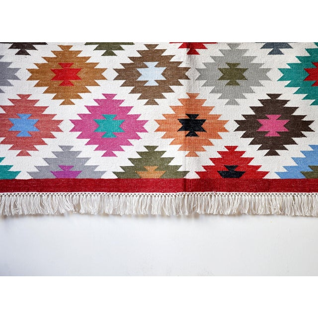 """2010s Contemporary Handwoven """"Kotri"""" Area Rug - 4′ × 6′ For Sale - Image 5 of 7"""