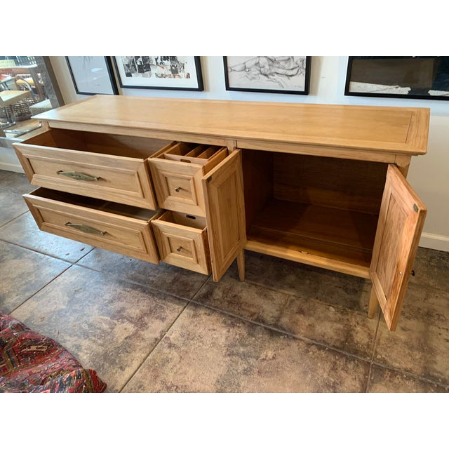 Mid-Century Walnut Sideboard by Tomlinson For Sale In Los Angeles - Image 6 of 9
