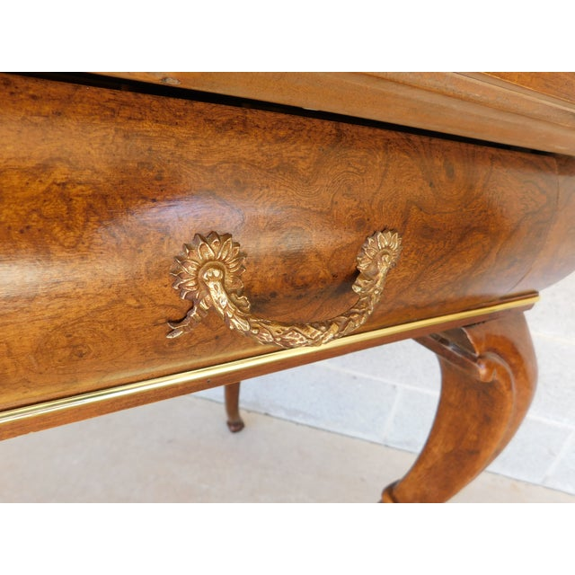 """Late 20th Century Baker Burl Walnut French Louis XV Style Tooled Leather Top Writing Desk 52""""w For Sale - Image 5 of 13"""