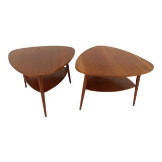 Pair of Mid-Century Modern End Tables For Sale