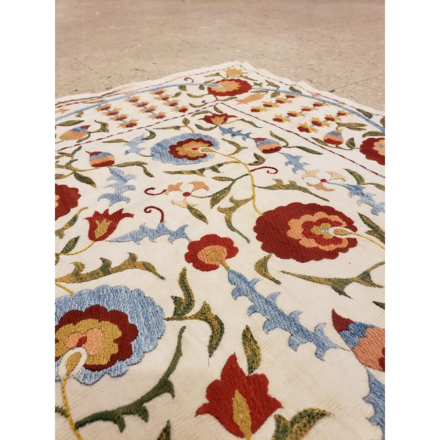 20th Century Asian Suzani Textile Rug - 3'5x3'7 For Sale In New York - Image 6 of 10