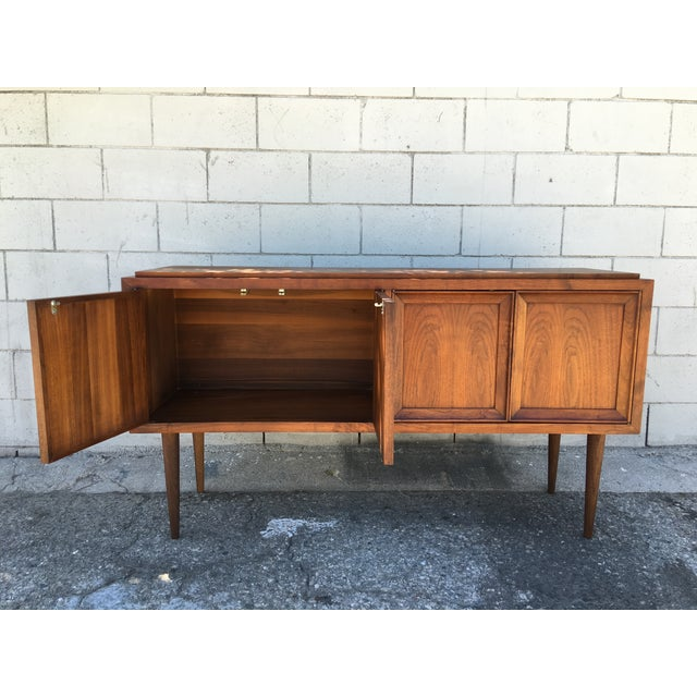 Mid-Century Modern Cabinet or Credenza - Image 6 of 11