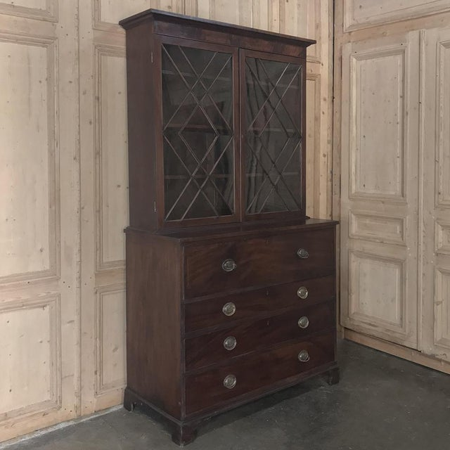 Secretary/Bookcase, 19th Century Antique English in Mahogany For Sale - Image 4 of 13