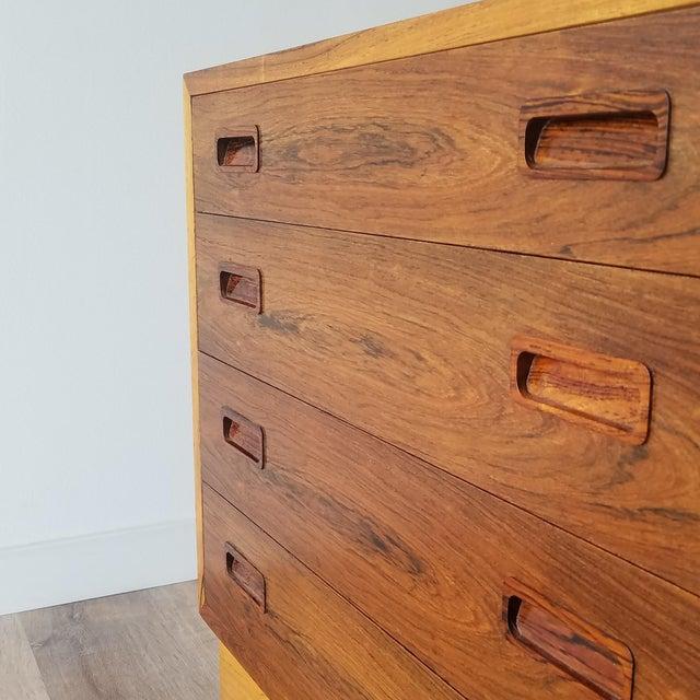 Brown 1960s Poul Hundevad Rosewood Four Drawer Dresser For Sale - Image 8 of 13