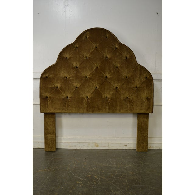 STORE ITEM #: 15463-fw Robert Allen Tufted Upholstered Full Size Headboard AGE/COUNTRY OF ORIGIN – Approx 10 years,...