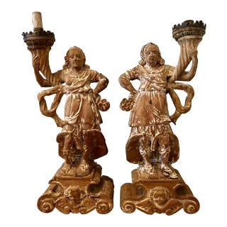 Italian 18th Century Wood Carved Angels - a Pair For Sale