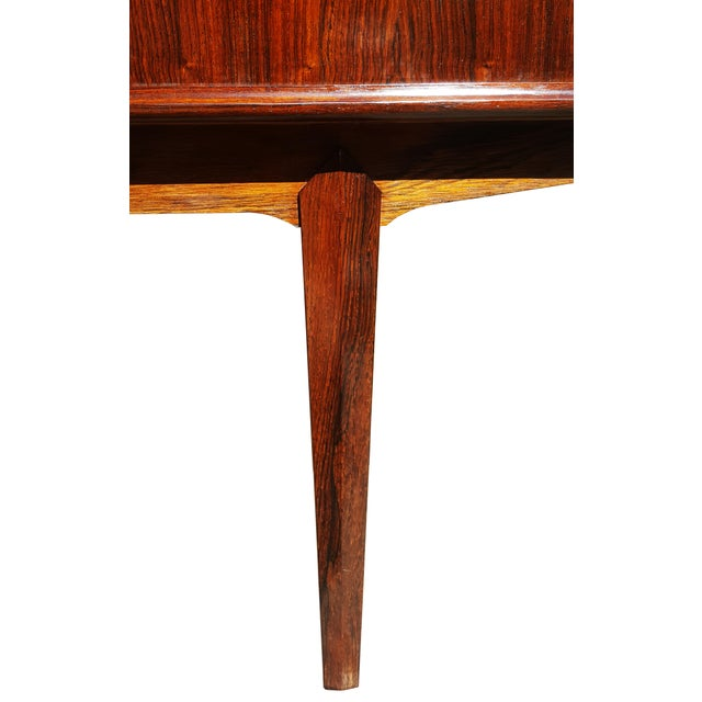 Rosewood 1960s Danish Modern Rosewood Credenza/Sideboard For Sale - Image 7 of 12