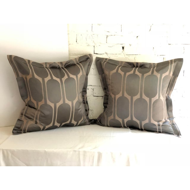 "Tan Pair of 24"" Pillows in Jim Thompson Black Parrot For Sale - Image 8 of 8"