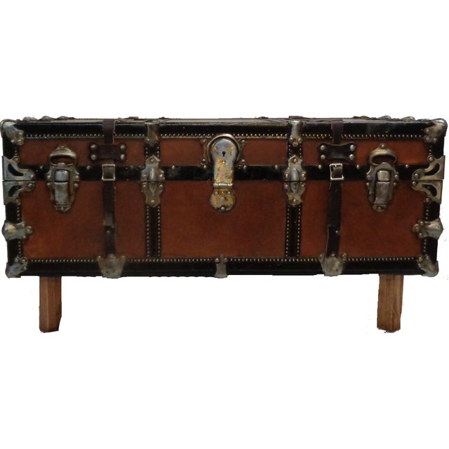 Premium Steamer Trunk Coffee Table - Image 2 of 4