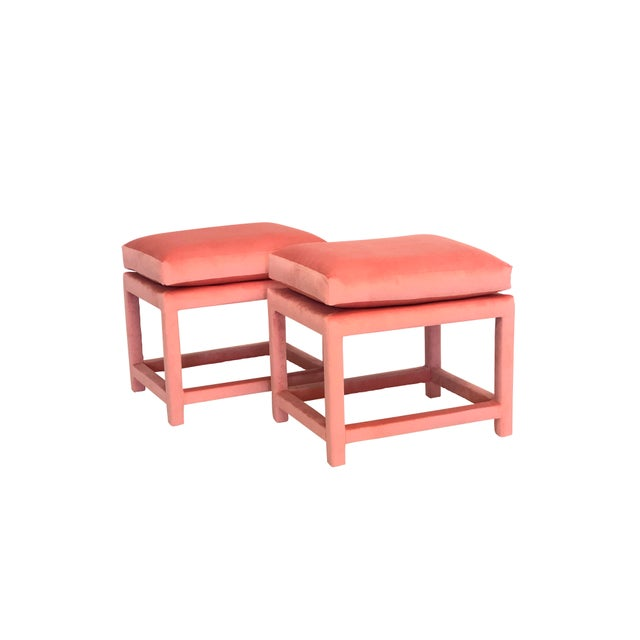 A Pair of Newly Upholstered Pink Velvet Parsons Stools For Sale In New York - Image 6 of 6