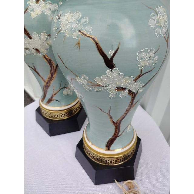 Japanese Vintage 1960s Japanese Hand Painted and Brass Lamps - a Pair For Sale - Image 3 of 7