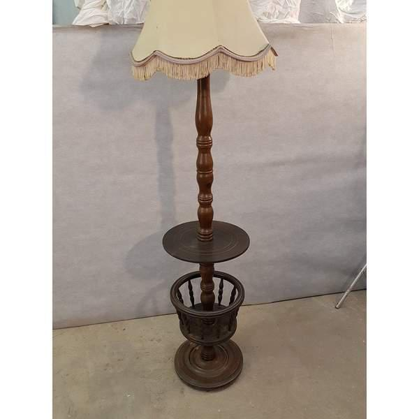 French Early 20th Century Solid French Floor Lamp With Attached Table For Sale - Image 3 of 9