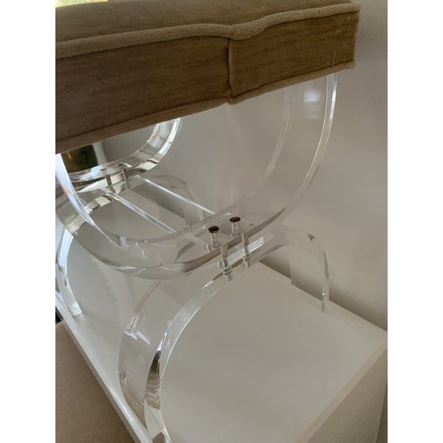 1970s Vintage Lucite X-Base Stool For Sale - Image 10 of 13