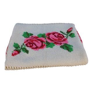 1960s Vintage Hand Crafted Rose Floral Crochet Afghan Blanket For Sale