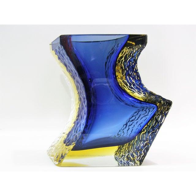 Large Italian Mandruzzato Murano Blue & Yellow Glass Sommerso Vase Mid-Century Modern MCM Campanella - Image 4 of 11