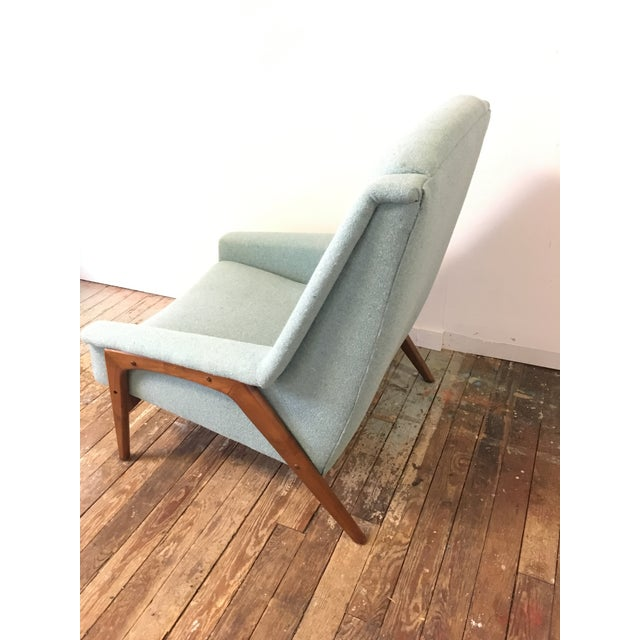 DUX Mid-Century Dux Style Lounge Chair For Sale - Image 4 of 11