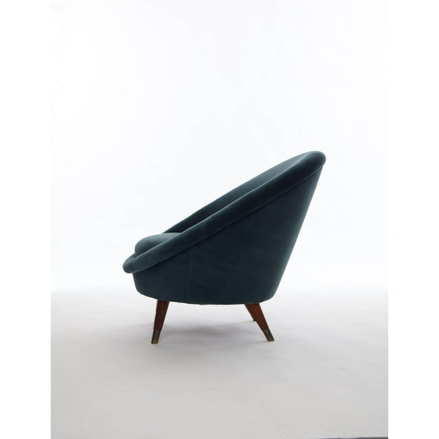Rare 1950s Norwegian Egg chair, upholstered in velvet. Re-upholstery available upon request at an extra charge.