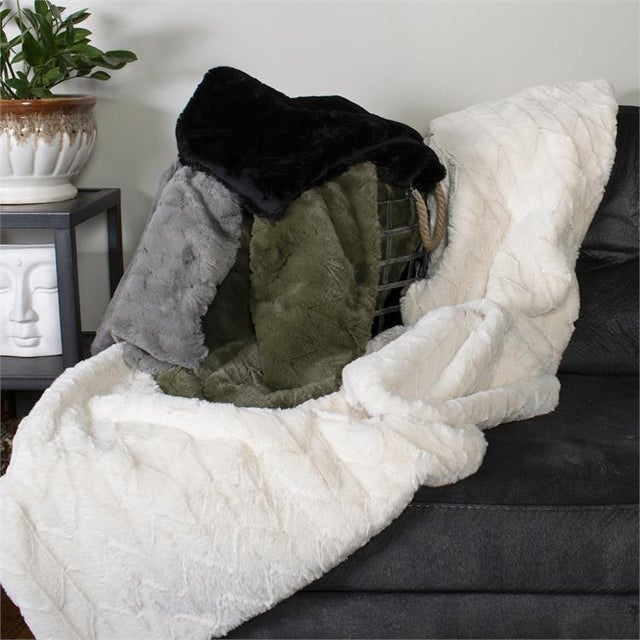 Not Yet Made - Made To Order Kenneth Ludwig Chicago Angora Moss Throw For Sale - Image 5 of 6