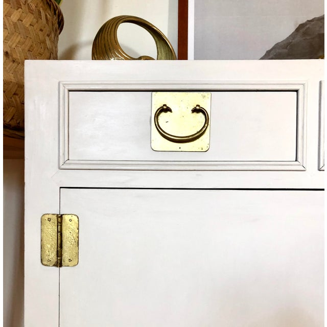 Campaign 1960's White Credenza by John Stuart For Sale - Image 3 of 9