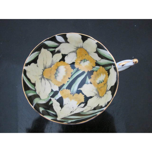 Mid 20th Century Mid 20th Century Paragon Yellow Daffodil Black Interior Pedestal Cup & Mint Saucer Gilt Trim Set For Sale - Image 5 of 9