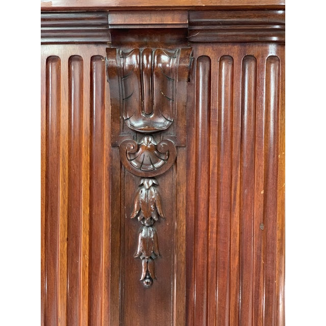 1870s Victorian Carved Mahogany Pedestal For Sale - Image 10 of 13