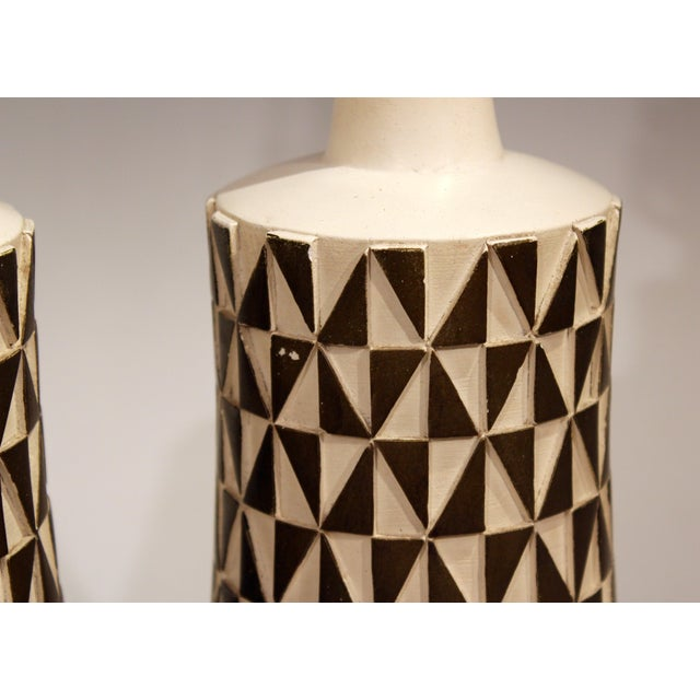 1960s Vintage Faip Mid-Century Modern Geometric Plaster Chalkware Table Lamps - a Pair For Sale - Image 9 of 11