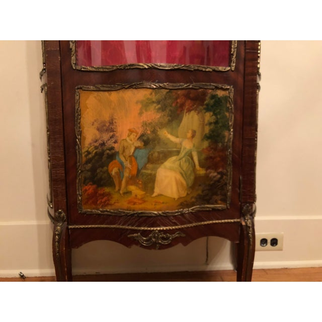 French 1910s French King Louis Vernis Martin Curio Cabinet Vitrine Display Case For Sale - Image 3 of 9
