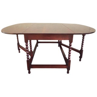 American Sheraton Cherry Acanthus Carved Drop-Leaf Table, Circa 1820 For Sale