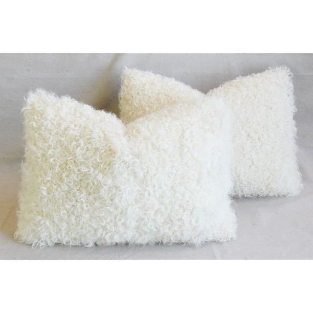 "Ivory Natural Kalgan Curly Lambswool Fur Pillows 21 X 15"" - Pair For Sale - Image 12 of 13"