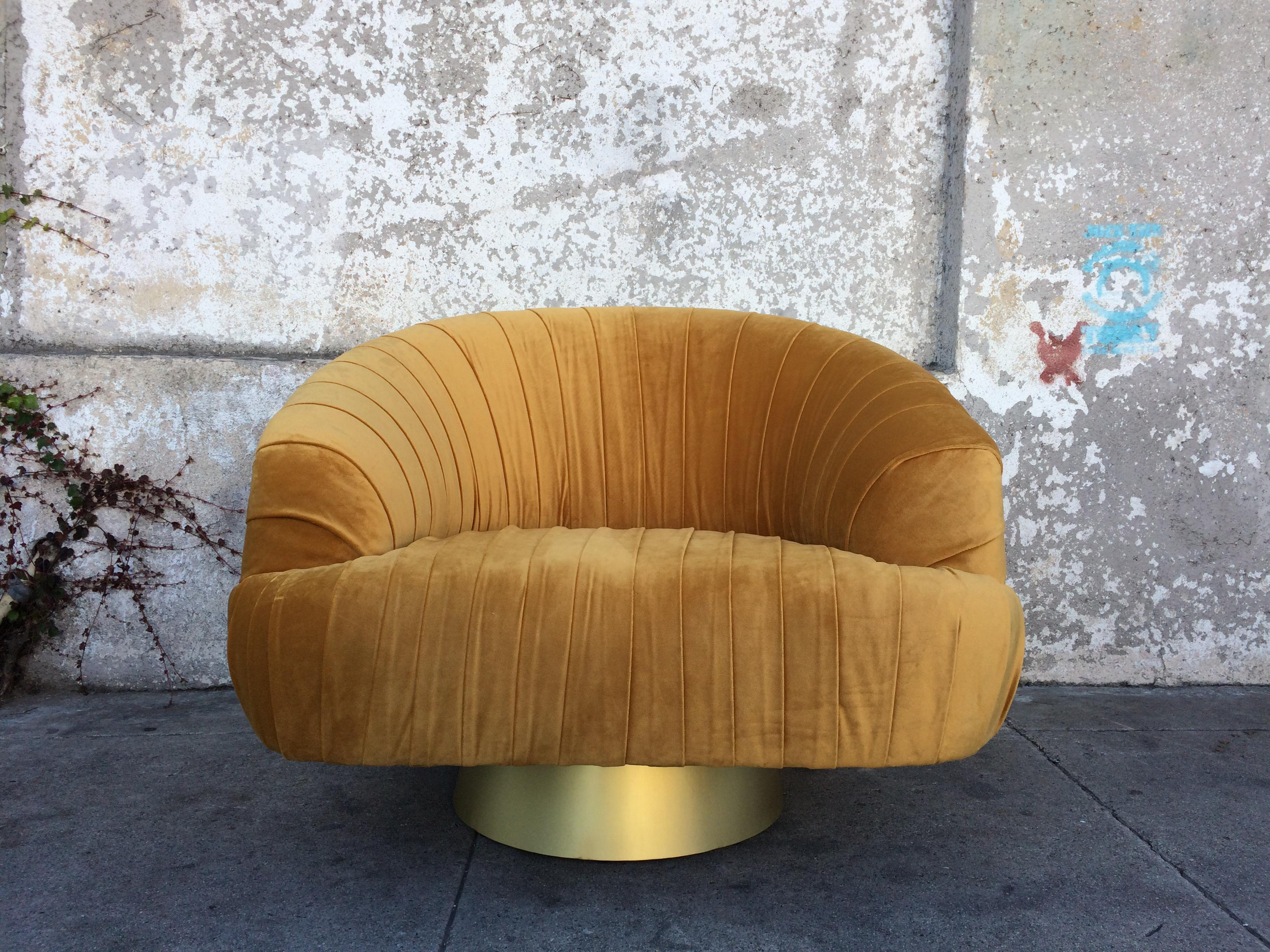 Merveilleux Hollywood Regency Gold Velvet W Chair   Image 2 Of 6